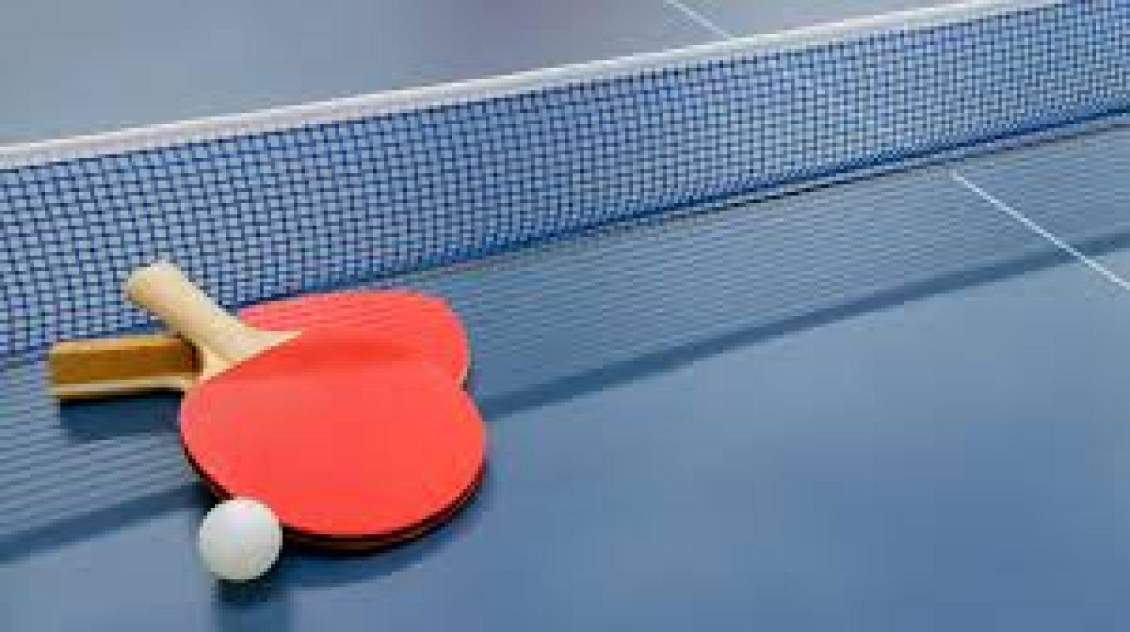 Stolni Tenis, dvije grupe